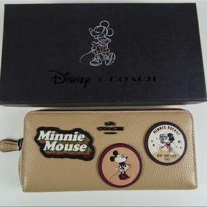Coach Disney Minnie Mouse Leather Zip Wallet NIB